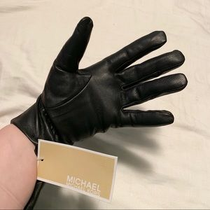 MICHAEL Michael Kors Accessories - NWT Michael by Michael Kors Leather Gloves